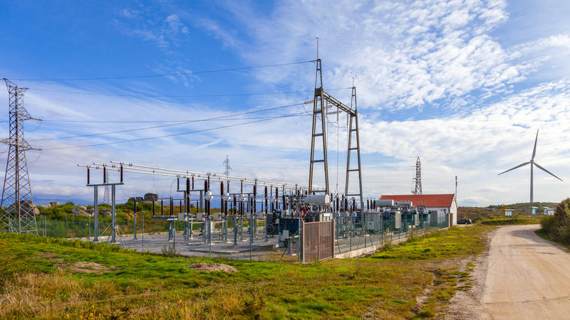 SUBSTATIONS AND SWITCHING SUBSTATIONS